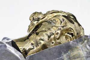 Ceramica smaltata in oro