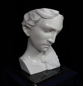 9SOGNI NOTTURNI, 2016, marmo statuario di Carrara, marmo nero Marquiunia e oro in foglia,cm 50x35x35cm.tiff copia