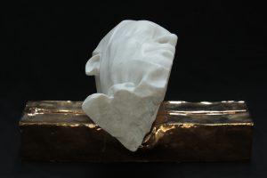 CHIODO FISSO, 2014, marmo statuario di Carrara e ceramica,cm 50x35x25cm